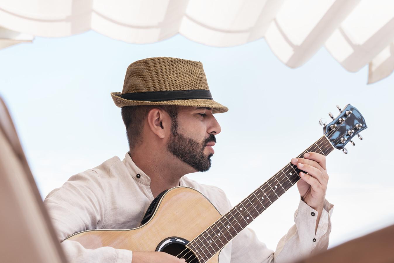 MHW Live Music Latin/Flamenco Soloist