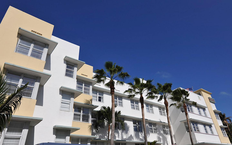 Avalon Hotel正面