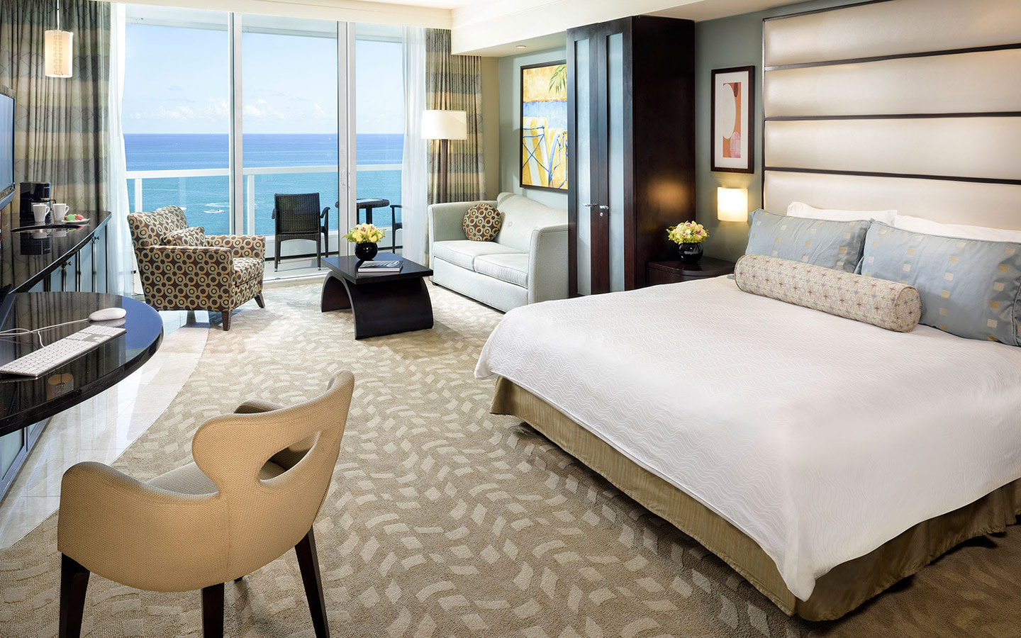 Fontainebleau Miami Beach Suite con vista sull'oceano