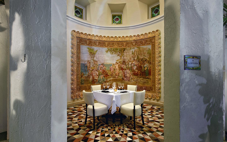 Gianni's at The Villa Casuarina