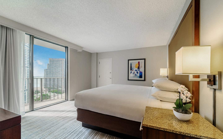 Hyatt Regency Miami Suite
