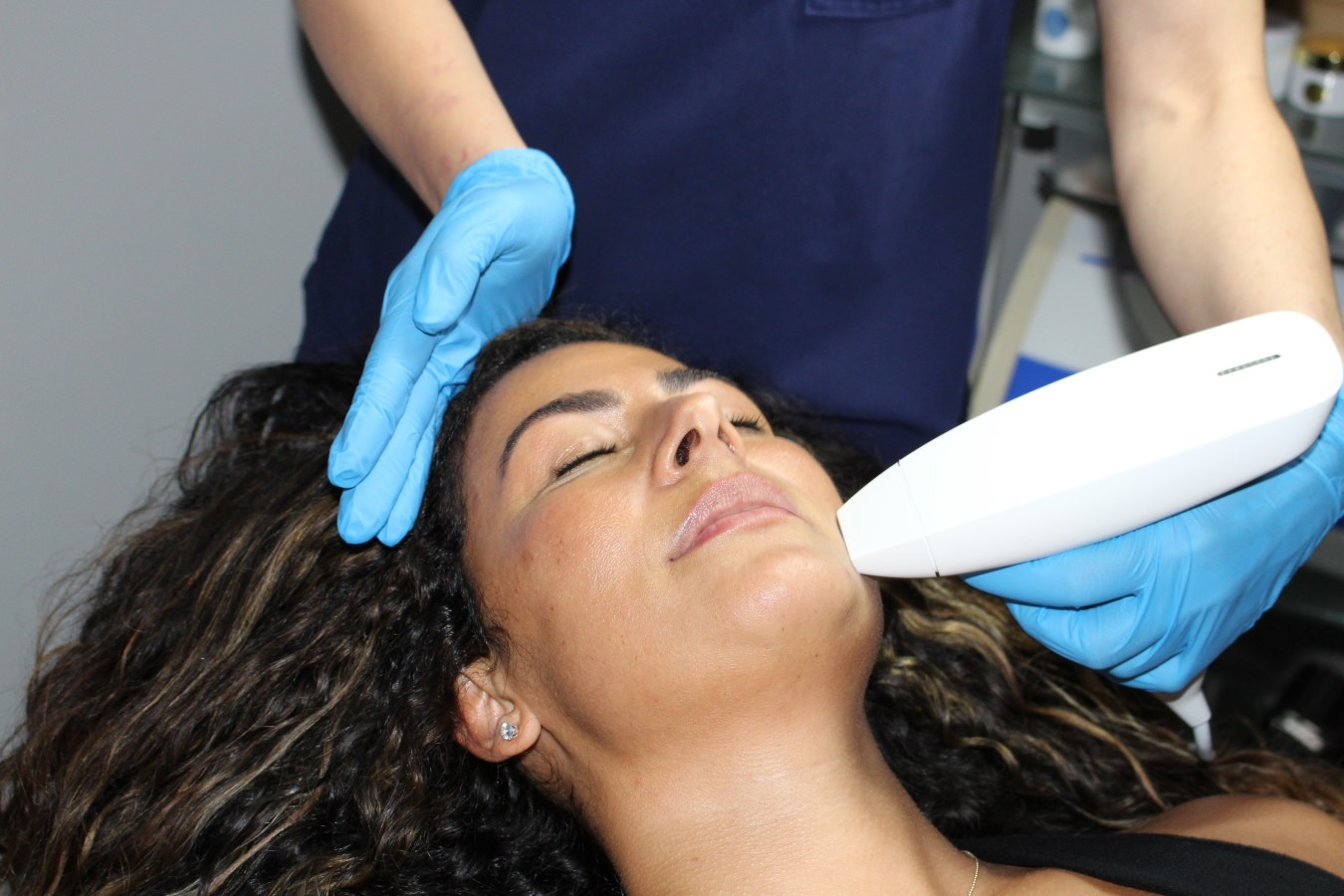 Venus Viva - Fractional Resurfacing
