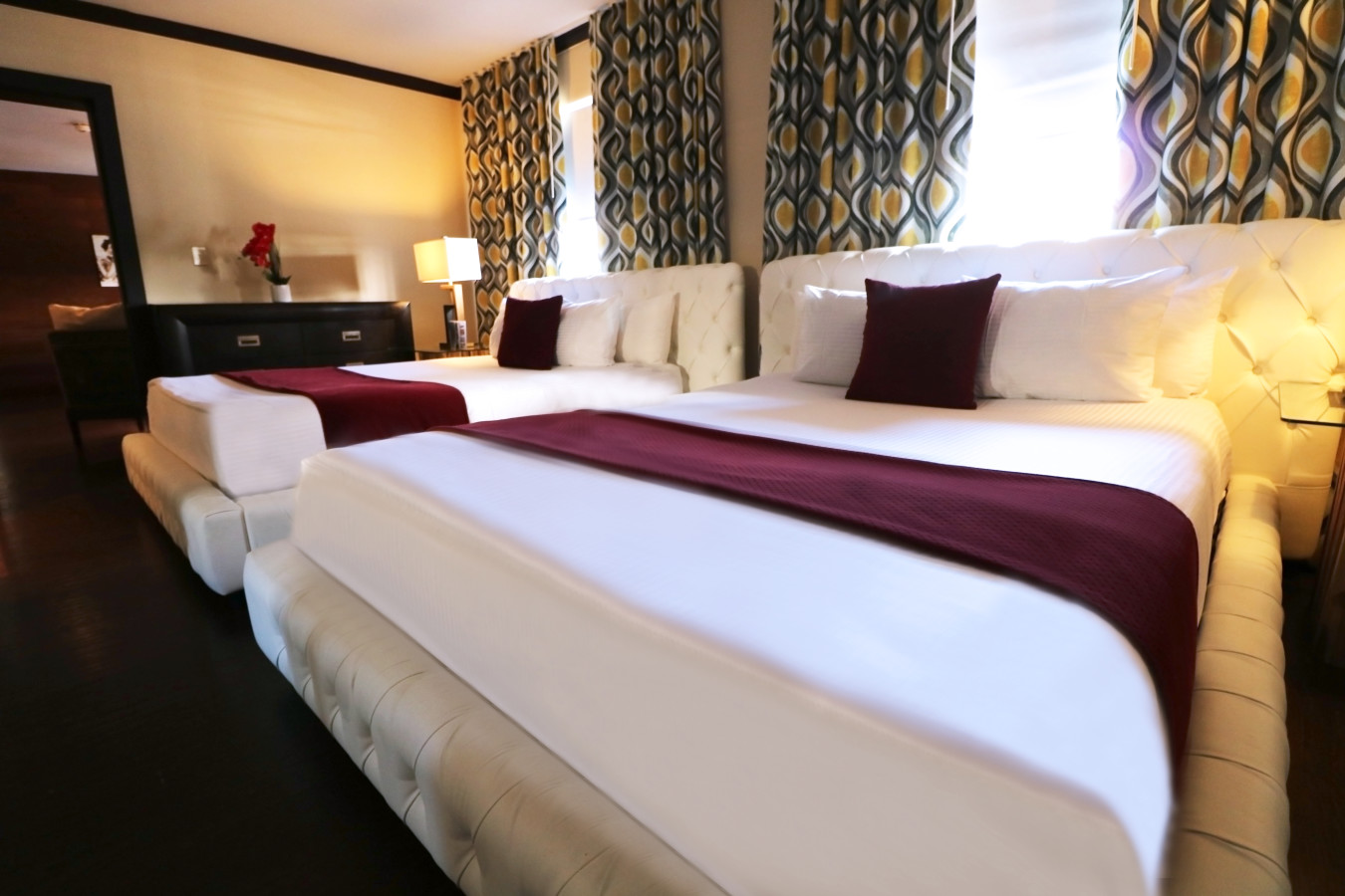 One Bedroom Suites - Two Queens