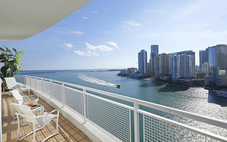 Mandarin Oriental, Miami balcón