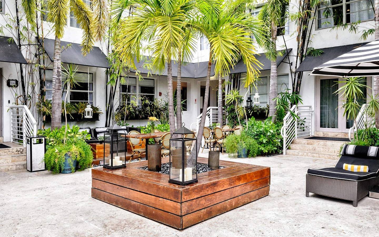 Metropole South Beach Courtyard