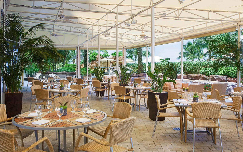 Neomi's at Trump International Beach Resort