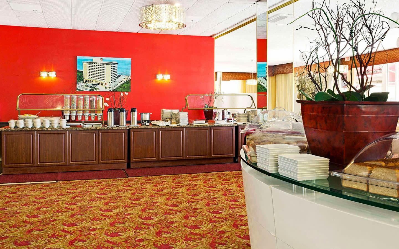 Ocean Terrace Restaurant buffet