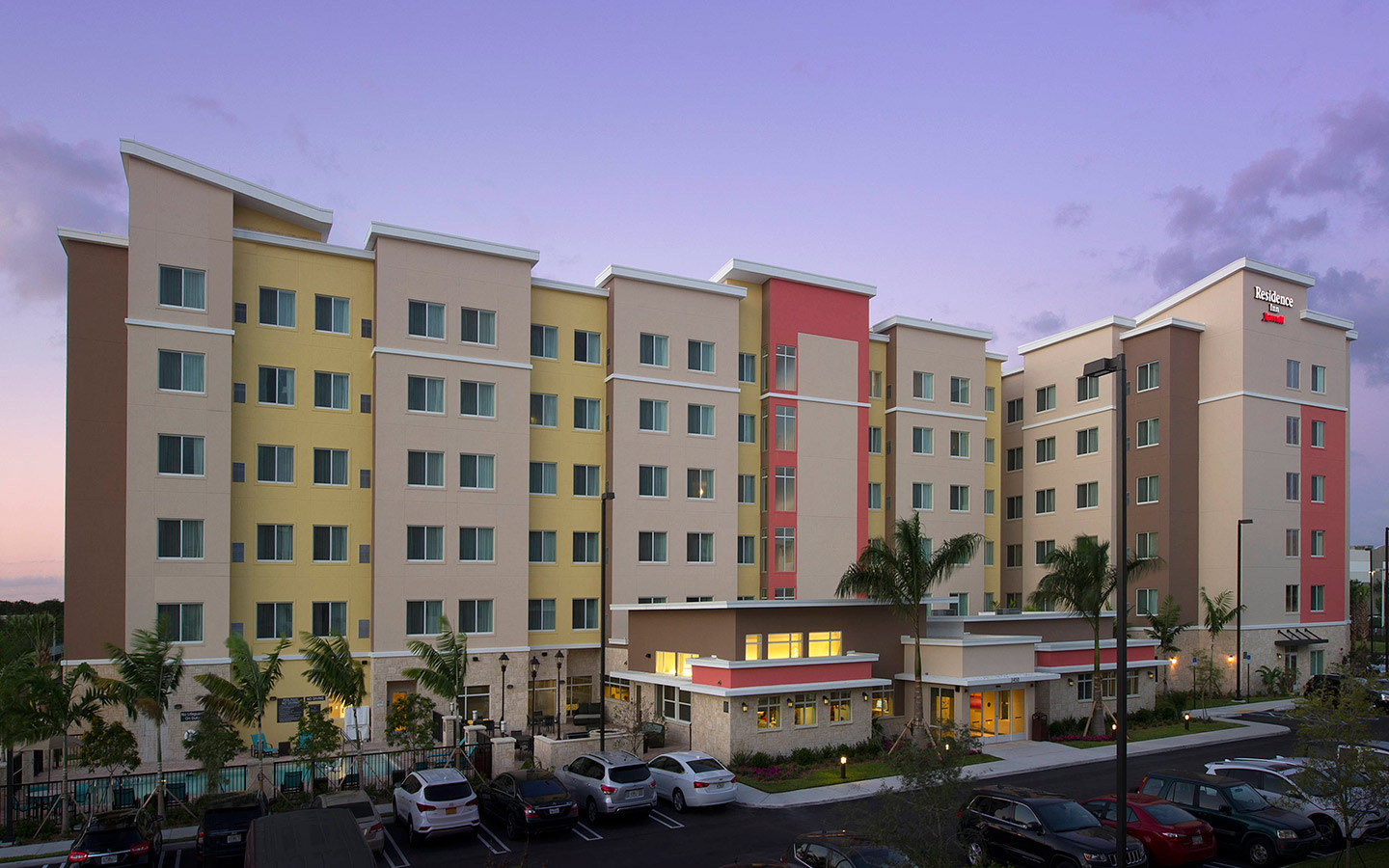 Residence Inn Miami Airport West/Doral Dusk