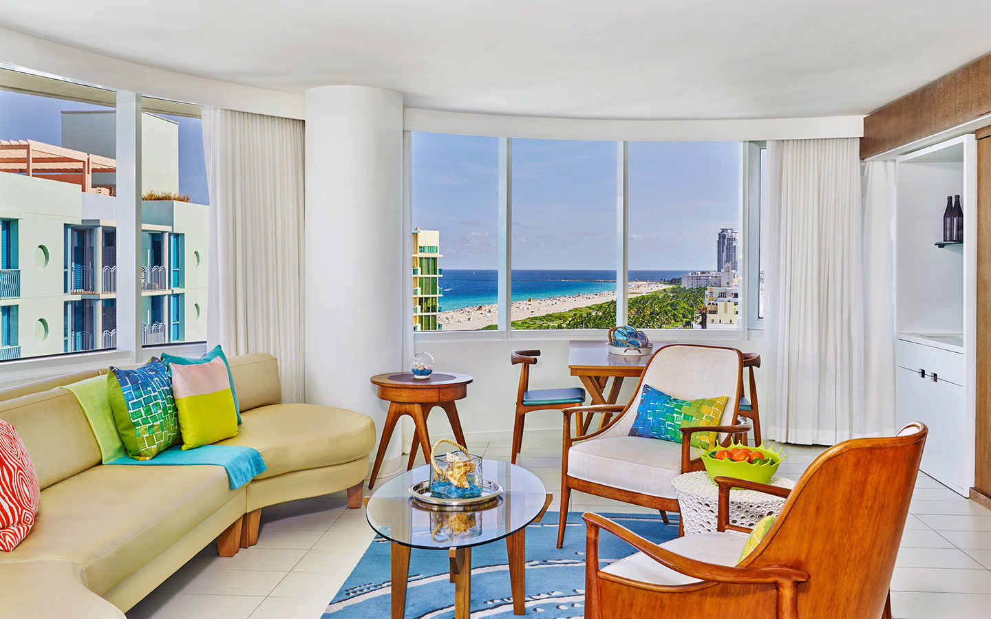Royal palm south beach miami - 2 bedroom hotel suites in miami south beach ...
