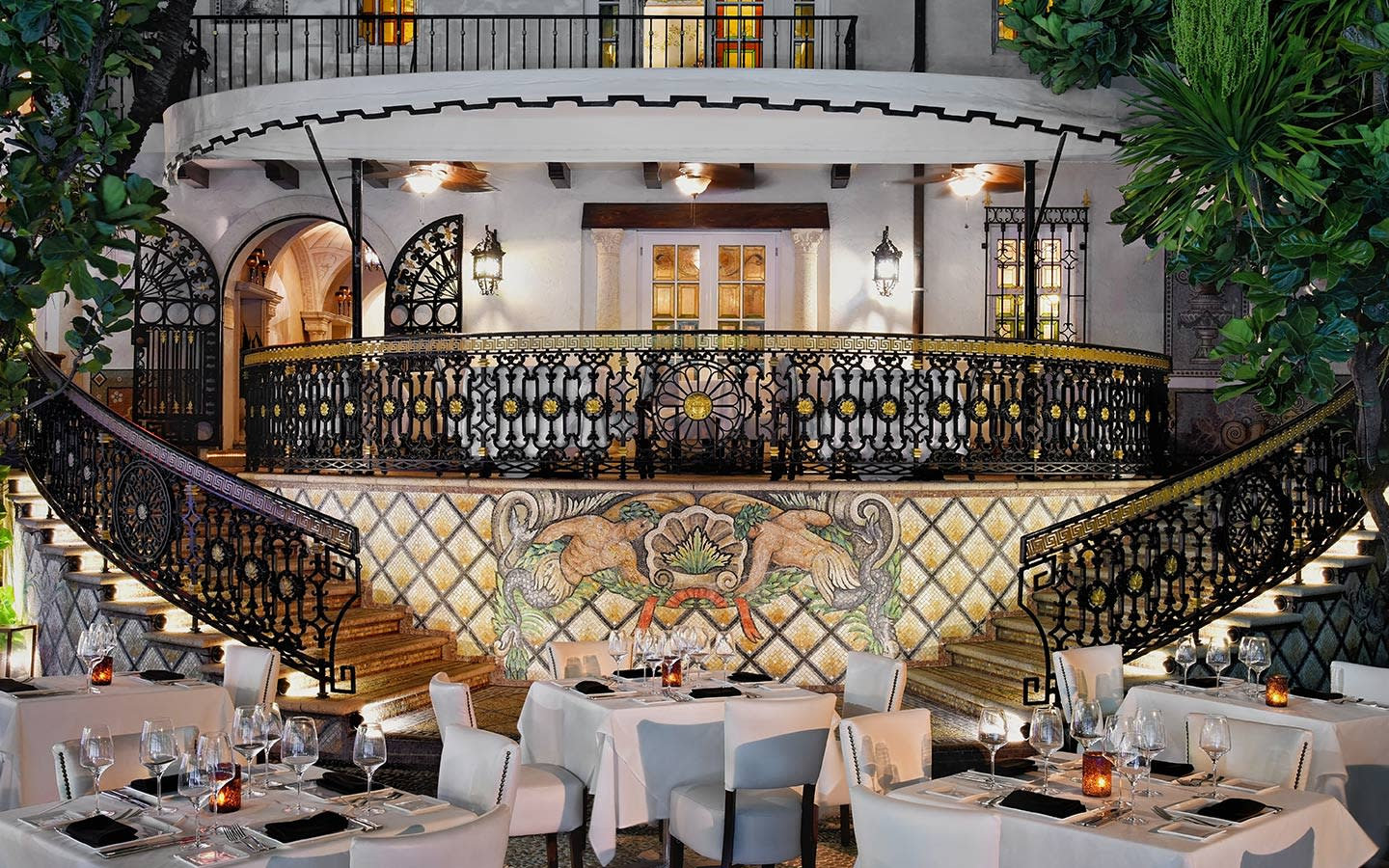 The Villa Casa Casuarina restaurant