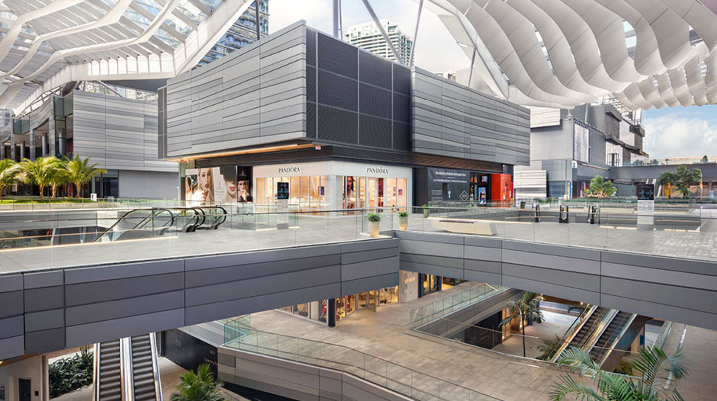 Retail stores on the top level of Brickell City Centre