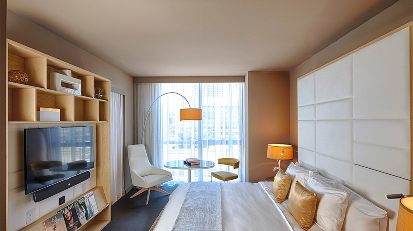 The Gabriel Miami, Curio collection by Hilton guest room