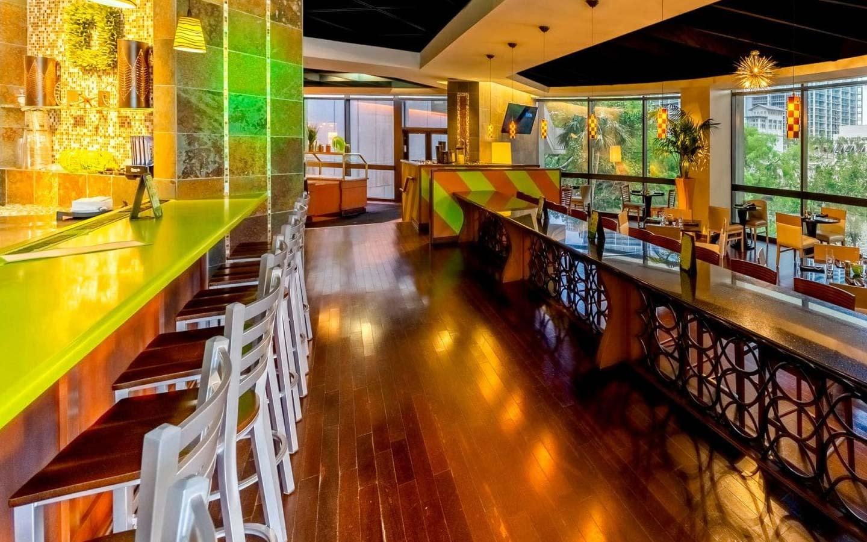 Pure Verde Lounge
