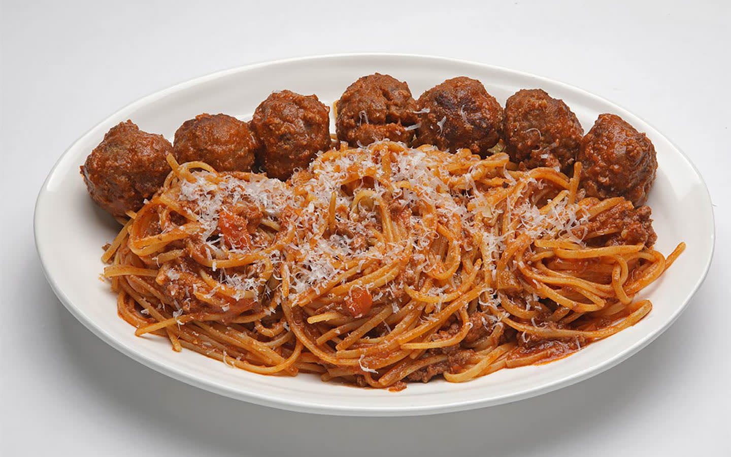 Sette Cafe Spaghetti and Meatballs
