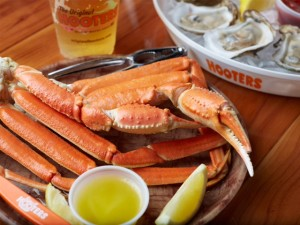 HOOTERS RESTAURANT - ORLAND PARK