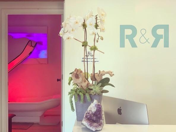 R & R Santa Monica