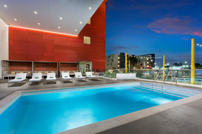 Courtyard by Marriott Santa Monica