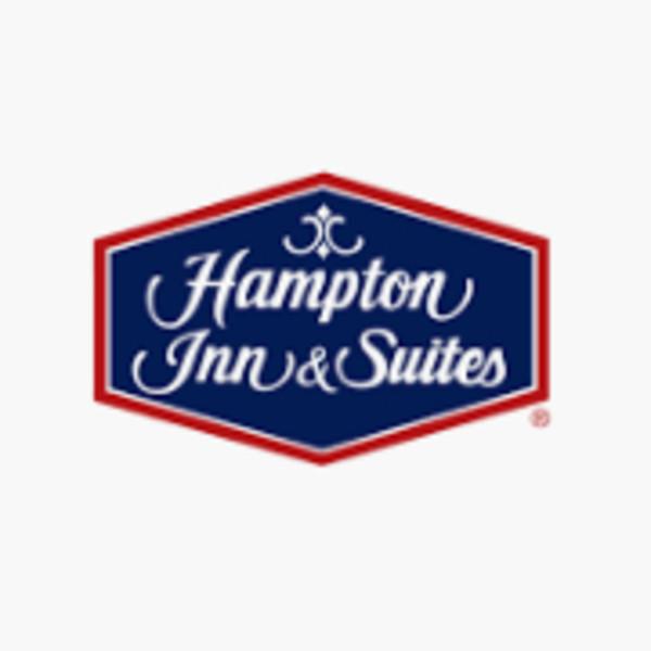 Hampton Inn & Suites by Hilton / Kenwood