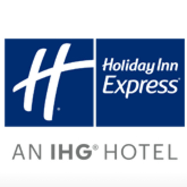 Holiday Inn Express & Suites - Blue Ash
