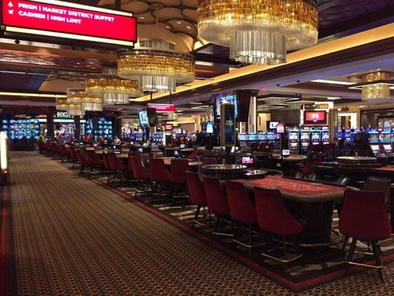 Предоплаты платья казино без