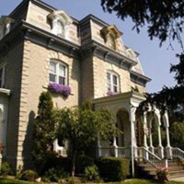 Limestone Mansion