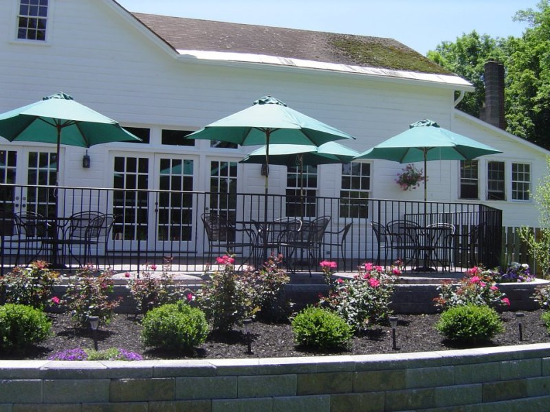 Tryon Inn and the Backdoor Bar