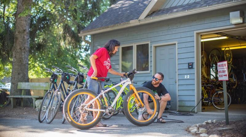 Edge Of Park Bike & Moped Rntl