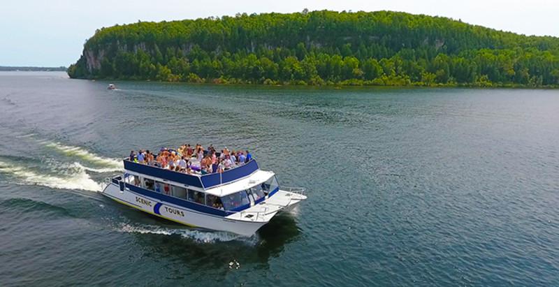 Sister Bay Scenic Boat tours