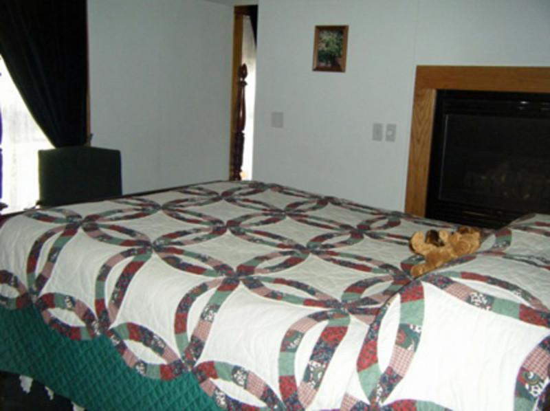 Sawyer House Bed & Breakfast