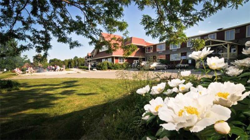 Rowleys Bay Resort (2)
