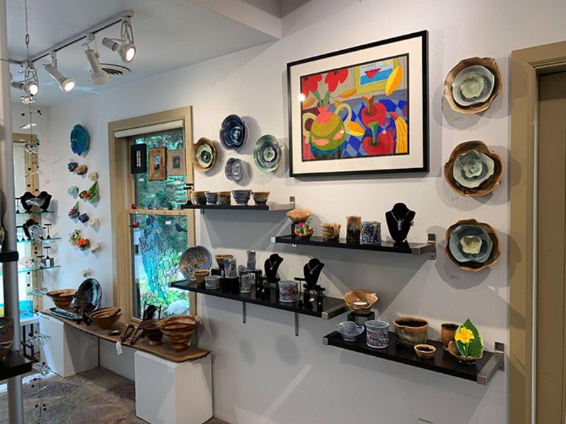 Plum Bottom Pottery & Gallery