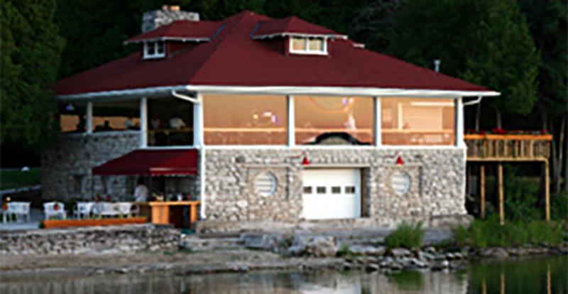 Top Deck Restaurant and Bar