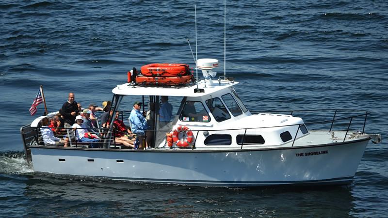 Shoreline Scenic Cruises-Gills Rock