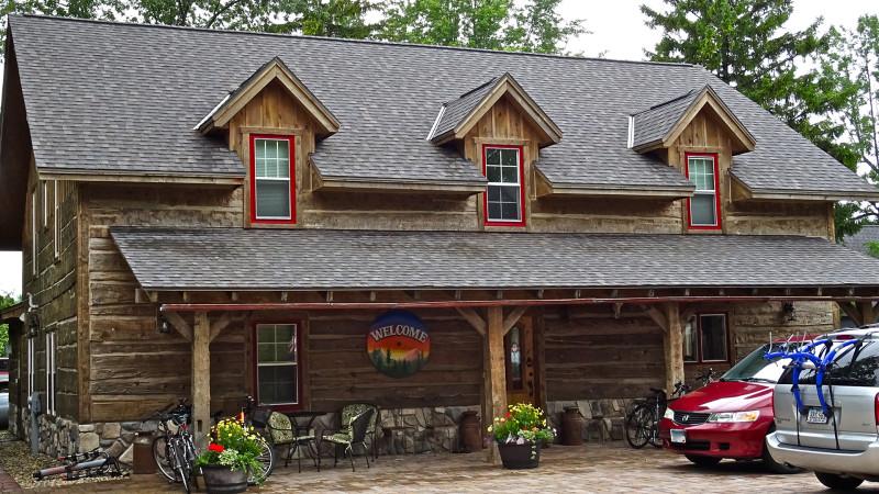 A Cedar Creek Lodge