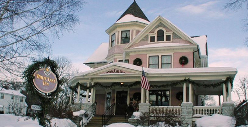 White Lace Inn - Historic Country Inn / Bed and Breakfast (1)