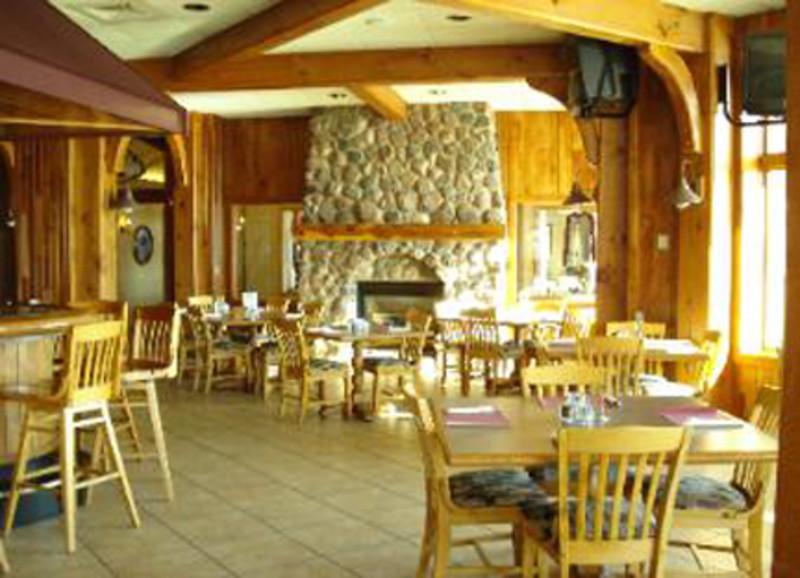 Gilmo's Bar & Bistro