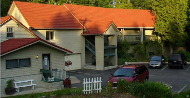 Ridges Inn & Suites (1)