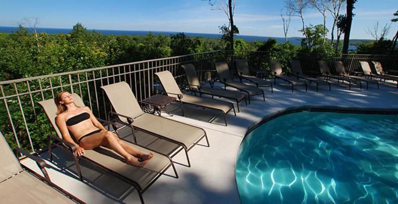 Landmark Resort (2)