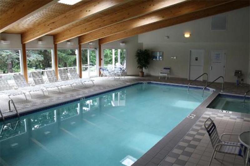 AppleCreek Resort - Motel & Suites
