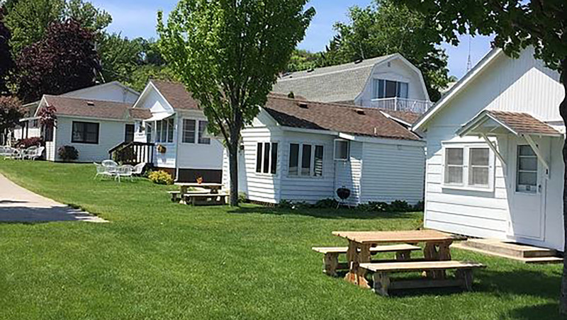 Edgewater Cottages