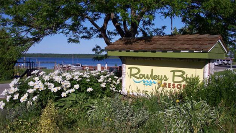 Rowleys Bay Resort (1)