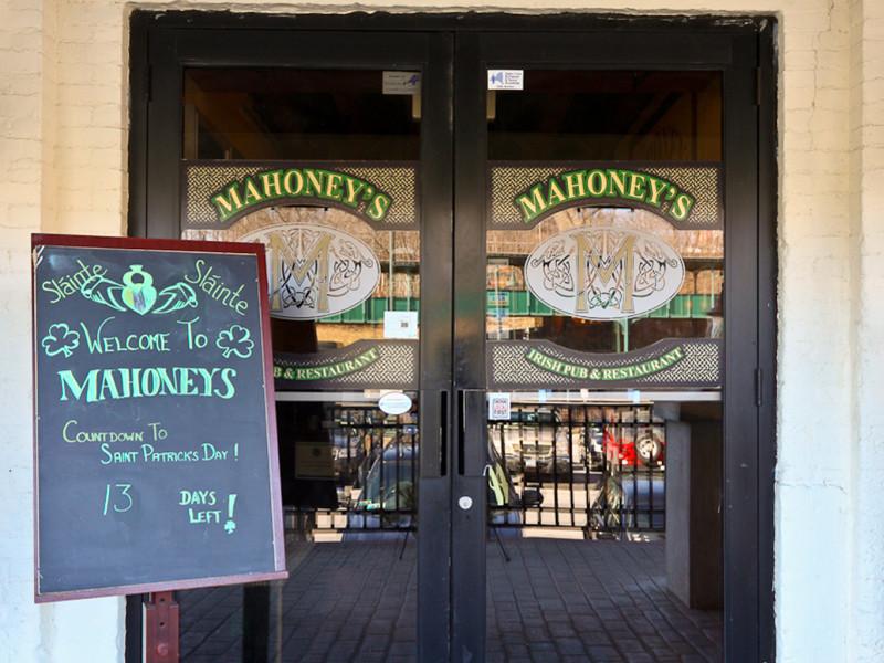 Mahoney's Irish Pub & Steakhouse