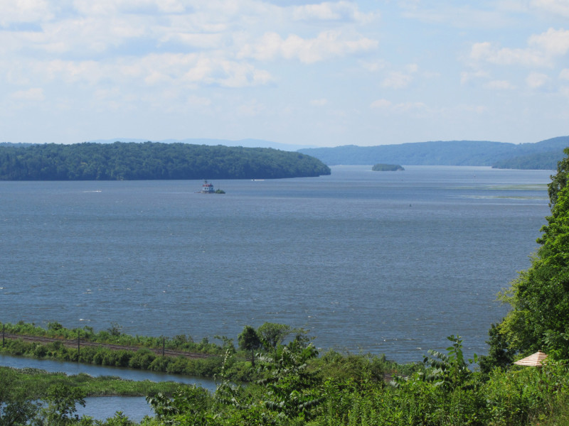 Hudson River Valley Tours LLC