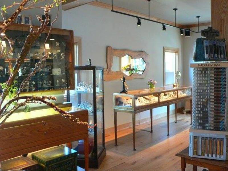 Hummingbird Jewelers