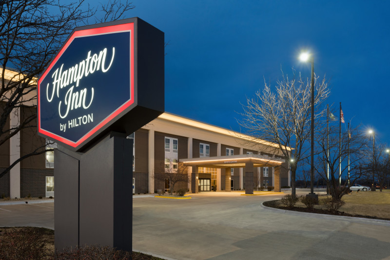 Hampton Inn Featured Image