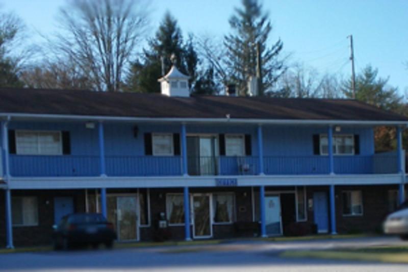 Colonial Inn Franklin