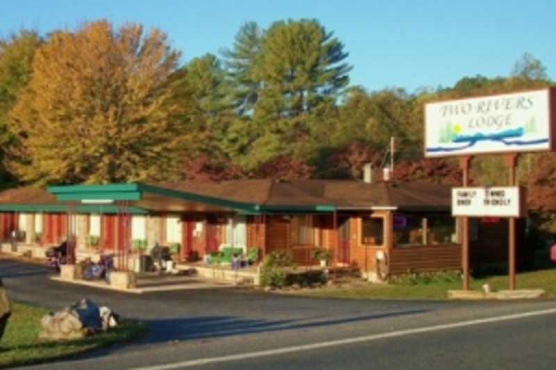 Where To Stay | Cabins, Inns, & Hotels | Smoky Mountains NC