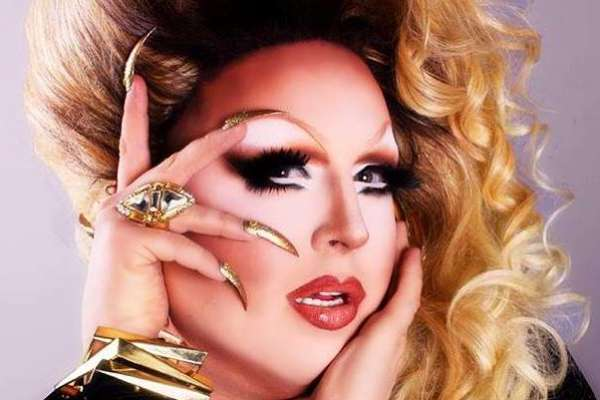 Introducing the Divas of Drag