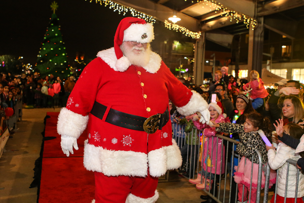 Experience the Holidays in Pearland