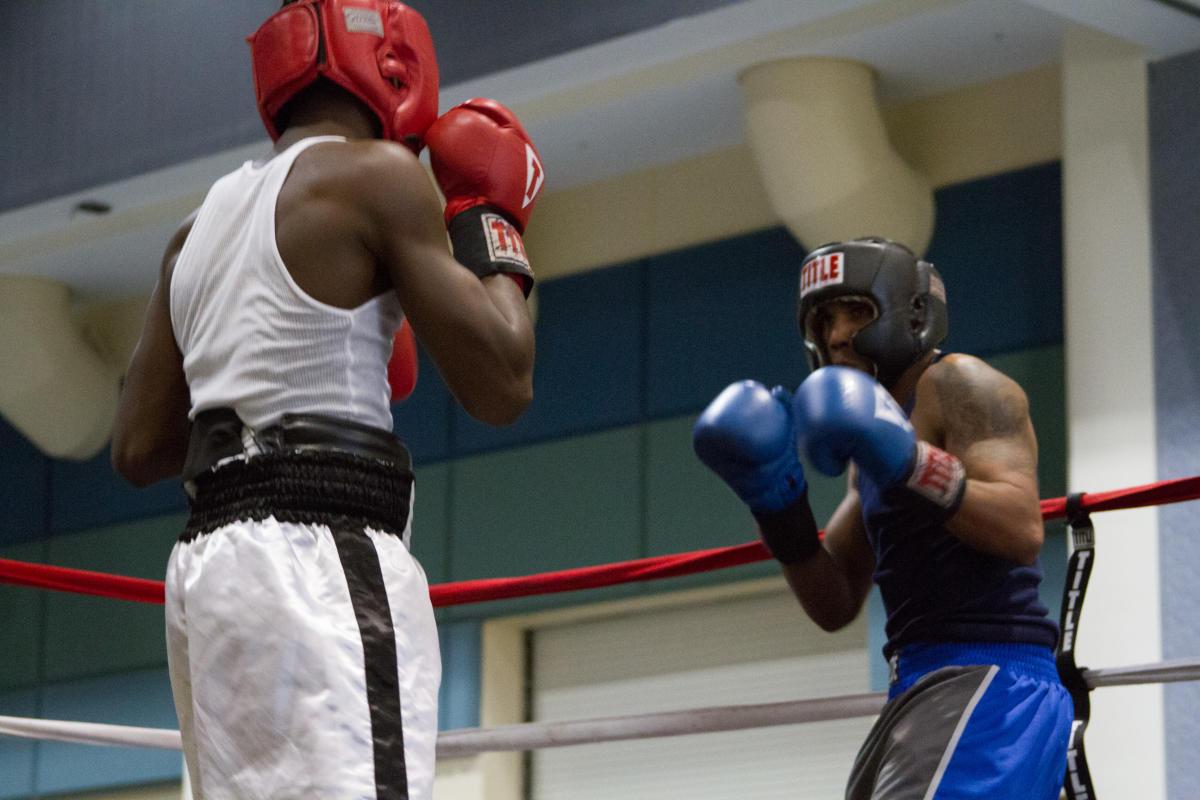 Top amateur boxers sparring no joke skills